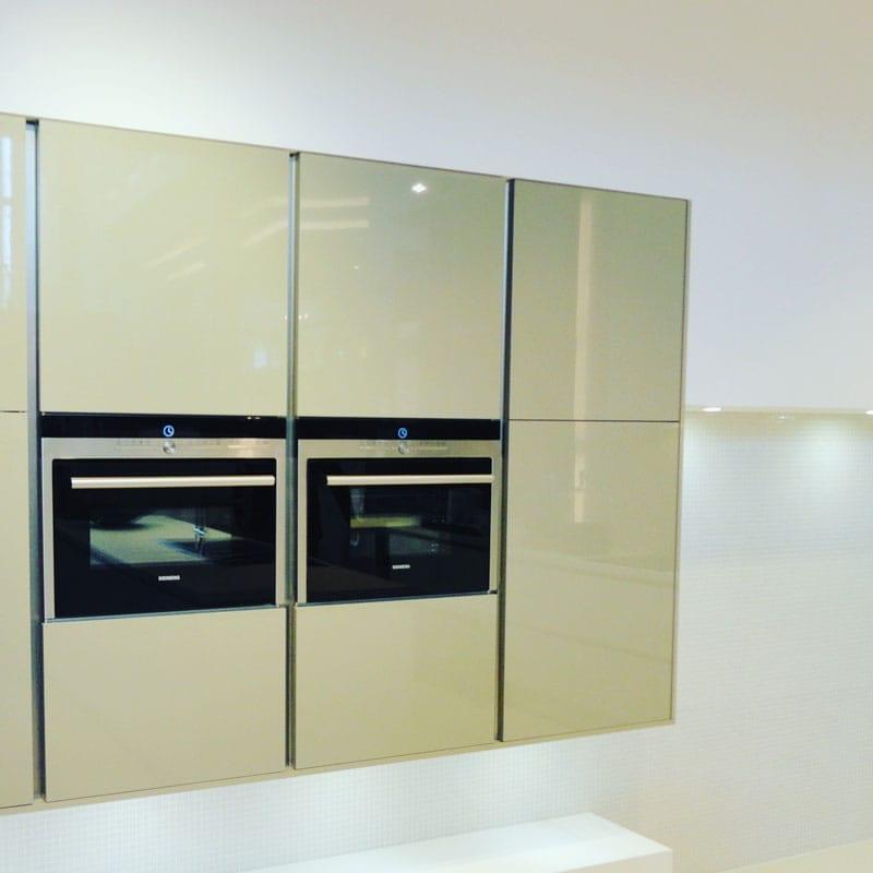 Painting High Gloss Kitchen Cabinets: Spraymasters UK Spraymasters UK